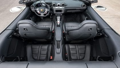 Ferrari California T, interior